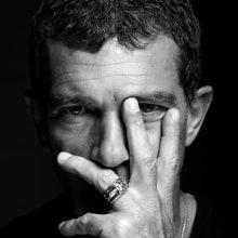 Antonio Banderas para Revista Esquire Colombia. Un proyecto de Fotografía, Fotografía de retrato, Iluminación fotográfica y Fotografía de estudio de Ricardo Pinzón Hidalgo - 22.07.2019