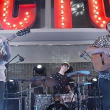 Ciclo de acústicos - Tu otra bonita. A Werbung, Musik und Audio und Kino, Video und TV project by Juanmi Cristóbal - 14.08.2019