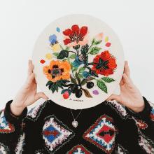 Bordado y pedrería . A Design, Bildende Künste, Kreativität, Modedesign und Stickerei project by Josefina Jiménez - 10.09.2019