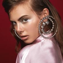 Harpers Bazaar. Un proyecto de Fotografía de moda de Marcela Cerbon - 07.10.2019