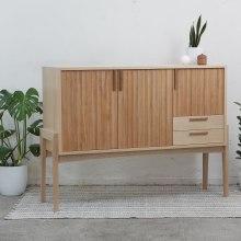 Mueble Bar Andrés . Um projeto de Design, Artesanato e Design de móveis de Patricio Ortega (Maderística) - 03.11.2019