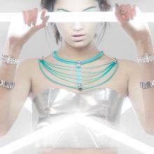 Metropolis Collection / Sinestesia Accesorios. A Kunstleitung, Schmuckdesign, Produktfotografie und Modefotografie project by Paula Penise - 04.11.2019