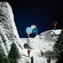 Viaje hacia los misterios del mundo a través de nuestros paisajes en miniatura para la revista EME #7. Un proyecto de Dirección de arte, Creatividad, Fotografía de producto, Stor y telling de Låpsüs | Contenido Visual - 05.11.2019