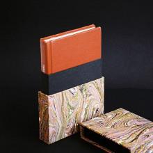 Estuche de petaca para libro de samurai. A Buchbinderei project by Amelia Garcia - 01.09.2019