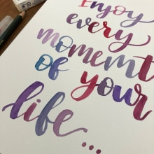 Mi Proyecto del curso: ENJOY EVERY MOMENT. A Brush pen calligraph project by Lou Pedroza Diaz - 03.19.2020