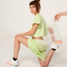 H2O. A Mode und Modedesign project by Flora Guzmán Cassina - 02.04.2020