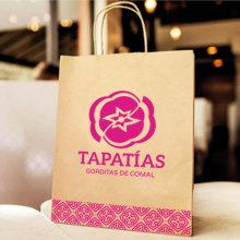 Tapatías. Un proyecto de Br, ing e Identidad, Diseño gráfico y Diseño de logotipos de Eduardo Zúñiga Alva - 24.01.2020