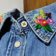 Cuello de flores - Proyecto curso 'Técnicas básicas de bordado'.. Un proyecto de Bordado de Alexandra Milián - 09.04.2020