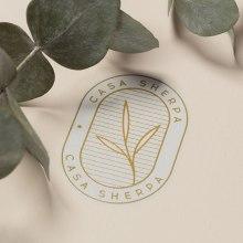 Casa Sherpa. Um projeto de Fotografia, Direção de arte, Br, ing e Identidade, Design gráfico, Design de logotipo, Fotografia do produto e Composição Fotográfica de HUMAN - 02.03.2020