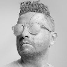 """Fotos para nuevo álbum de Alex Campos """"Soldados"""". A Portrait photograph, Photographic Lighting, Studio Photograph, Digital photograph, Fine-art photograph, and Commercial Photograph project by Ricardo Pinzón Hidalgo - 04.16.2020"""