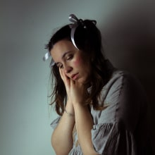 Muñeca Rota. Um projeto de Fotografia, Artes plásticas, Retoque fotográfico, Fotografia de retrato, Fotografia digital e Fotografia artística de Rocío Araújo Martínez - 01.05.2020