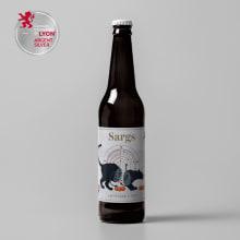 Packaging / Label / Etiqueta  / Beer / Cerveza. Um projeto de Design, Br, ing e Identidade, Design gráfico, Design de produtos, Colagem, Produção, Ilustração vetorial, Fotografia do produto e Ilustração digital de Usui Benitesu - 11.12.2019