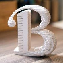 3D letter design. Un progetto di Design, 3D, Progettazione 3D , e Design tipografico di Anna Serrat - 16.02.2020