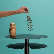 MATRIOSHKA auxiliary tables. Um projeto de Design, Design de móveis e Fotografia do produto de Yanira Peñas - 03.06.2020