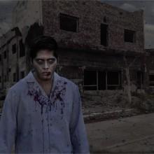 Zombie en pueblo abandonado. Un proyecto de Fotografía de Norberto Damián Helmholt - 11.06.2020