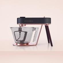 Ziyanda Stand Mixer. A 3-D, Verpackung, Produktdesign und 3-D-Design project by Rafael Maia - 29.06.2020