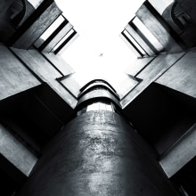 A la distancia. Un proyecto de Fotografía arquitectónica de Victor Hernandez - 14.07.2020