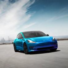 Tesla 3 - Vinyl. Um projeto de Direção de arte de Victor Andres - 27.12.2019