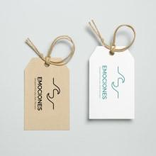 Branding, diseño web y ilustración textil para Emociones Brand. A Br, ing und Identität, Produktdesign, Webdesign, Logodesign, Digitale Illustration und Textile Illustration project by Eva Cortés Jiménez - 10.11.2019