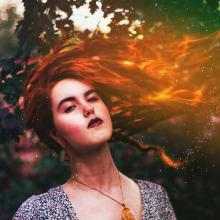 Arde.. Un proyecto de Fotografía, Diseño gráfico, Retoque fotográfico, Fotografía de retrato y Fotografía digital de Gela Stone - 04.09.2020