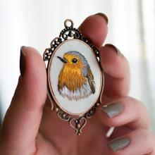 Miniature Embroidery . A Schmuckdesign, Stickerei und Weben project by Yulia Sherbak - 09.11.2020