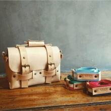 Bolsos de mano. Um projeto de Moda, Design de calçados, Design de brinquedos, Design de moda, Design de moda, Fotografia de moda, Bordado, Costura, Design digital e Tecido de Gustavo Annoni - Annoni Bags - 29.12.2020