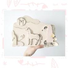 Mi Proyecto del curso: Técnicas de ilustración y modelado en cerámica. Un proyecto de Ilustración, Artesanía, Bellas Artes y Cerámica de cristina carmona saucedo - 11.01.2021