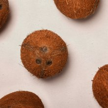Cokowo, traditional and funny coco food. A Br, ing und Identität und Verpackung project by Tatabi Studio - 04.03.2021