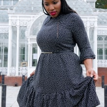Simple Black Dress. A Sewing project by Juliet Uzor - 04.07.2021
