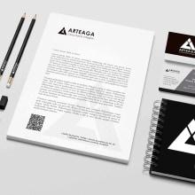 Diseño de monograma para agencia de consultoría integral . Un proyecto de Br e ing e Identidad de Tere Zamudio - 12.04.2021