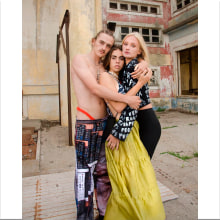 POL + Pr0testa. Un proyecto de Moda, Vídeo, Diseño de moda, Edición de vídeo, Realización audiovisual, Creación y edición para YouTube de Luca Kordich - 24.07.2021