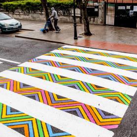 Christo Guelov llena de color los pasos de cebra de Madrid
