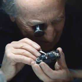 El arte perdido de reparar cámaras analógicas
