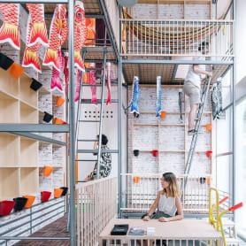 Izaskun Chinchilla diseña un coworking con 'Ikea Hacks'