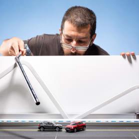 Félix Hernández y el arte en miniatura para Audi Middle East