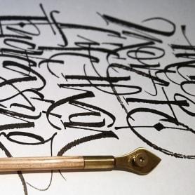 Mister Kams, un romance entre caligrafía y lettering