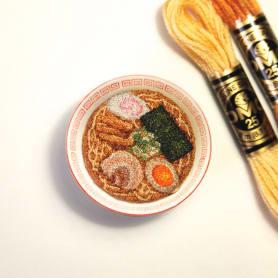 Los microbordados gastronómicos de Ipnot