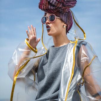 Colección HALFPACE. Un progetto di Design, Design di accessori, Costume Design, Artigianato, Moda, Design di scarpe, Creatività, Fashion Design , e Cucito di Patricia Piera - 15.01.2019