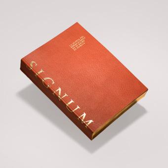 Signum — Catálogo y diseño expositivo. A Verlagsdesign, Grafikdesign und Piktogramme project by Andrés Guerrero - 06.06.2019