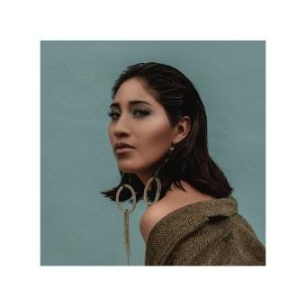 BARRIO LOCAL . Un progetto di Fotografia di moda, Fotografia di ritratto, Fotografia digitale, Fotografia all'aperto, Fotografia lifest , e le di Maya fuu - 23.08.2020