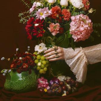 Melt. Un projet de Photographie, Design de bijoux, Photographie de mode, Photographie de portrait, Photographie numérique, Photographie artistique , et Photographie publicitaire de Natalia Gw - 21.06.2020