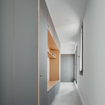 Modern. Um projeto de Arquitetura, Arquitetura de interiores, Design de interiores, Decoração de interiores e Interiores de Allaround Lab - 27.11.2020