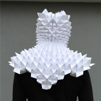 Paper Folding Workshop - Burg Giebichtenstein. A Design, Art Direction, Crafts, Curation, Education, Fine Art, Sculpture, Paper Craft, Creativit, and Concept Art project by Kristina Wißling - 12.04.2020