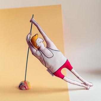 Movement. Um projeto de Design de personagens, Artesanato, Design de produtos, Design de brinquedos, Fotografia do produto, Costura, Design de personagens 3D, To e Art de Maria Mandea - 05.12.2020