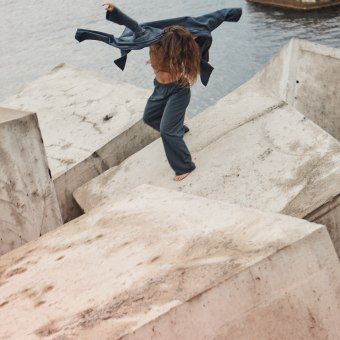 Carla Cervantes. Un projet de Photographie, Photographie artistique, Photographie extérieure, Photographie pour Instagram, Composition photographique, Photographie lifest , et le de Alba Duque - 03.02.2021
