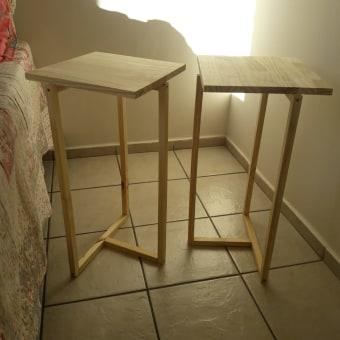 Mesinhas de cabeceira com madeira pinus. Un proyecto de Diseño de muebles y Carpintería de mirella.psico15 - 09.05.2021