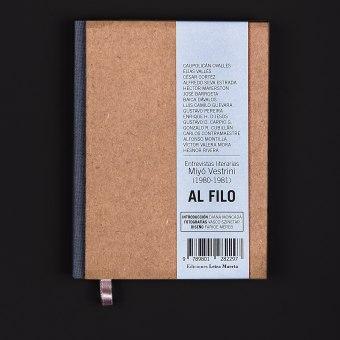 Al filo Book . A Design, Illustration, Prägung und Buchbinderei project by Faride Mereb - 01.07.2021