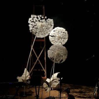 O Vento. Um projeto de Design, Instalações, Artesanato, Eventos, Artes plásticas, Escultura, Design de cenários, Produção e Criatividade de Kalyna Cavalcanti - 04.07.2021