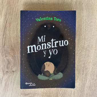 Mi monstruo y yo. A Illustration und Schrift project by Valentina Toro - 14.09.2019