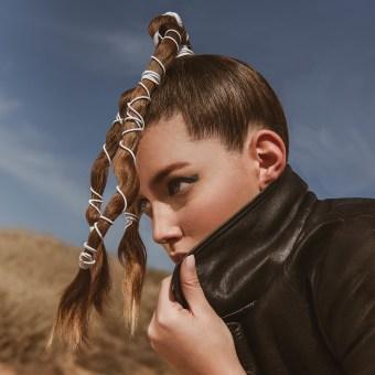 'Oasis'. A Fotografie, Design von Garderoben, Mode und Modefotografie project by Angela Garcia - 07.07.2021